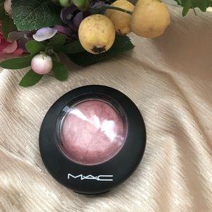 Mac Blush!!!